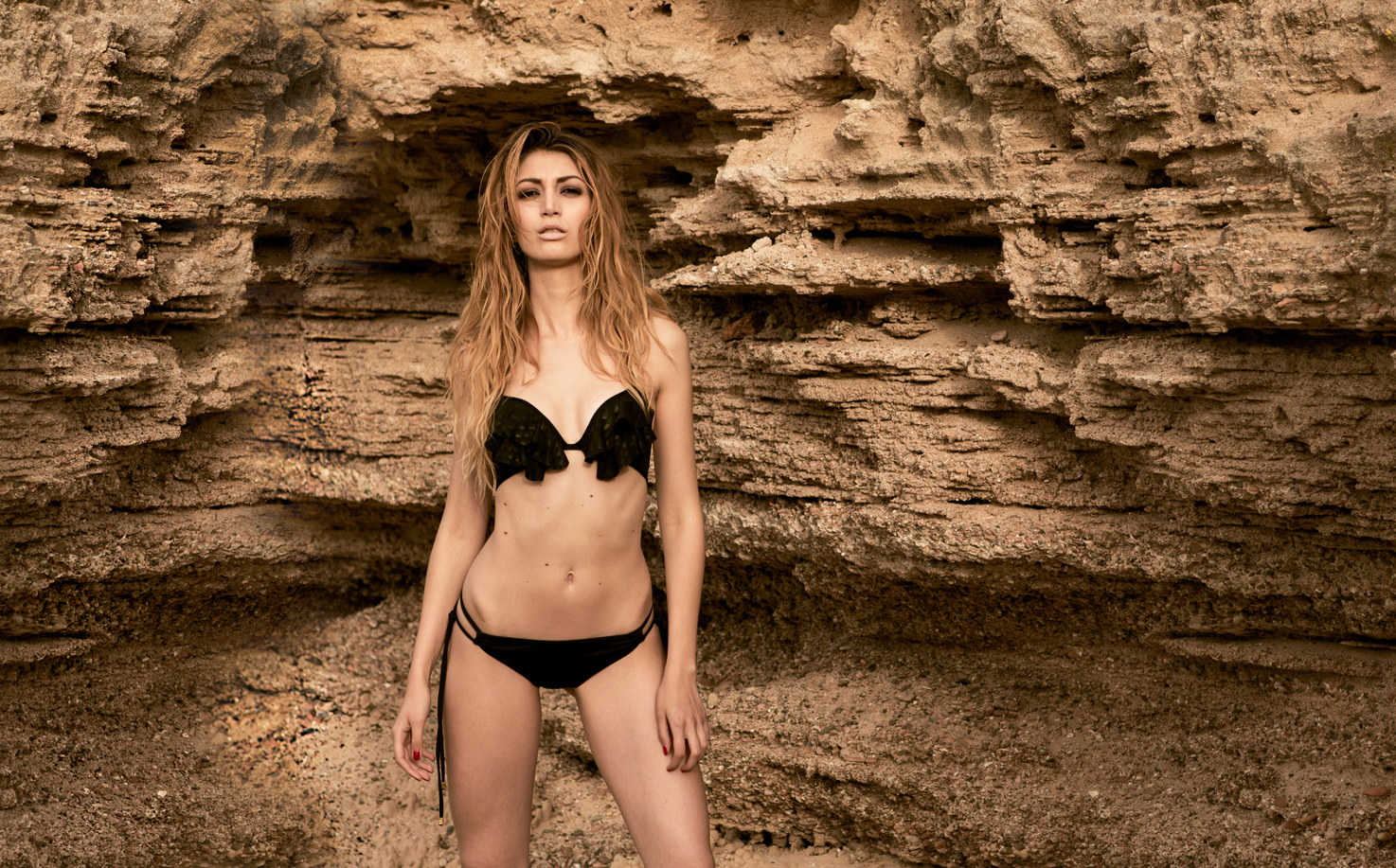 Sundalia Beachwear | Cover SHINE TILE style