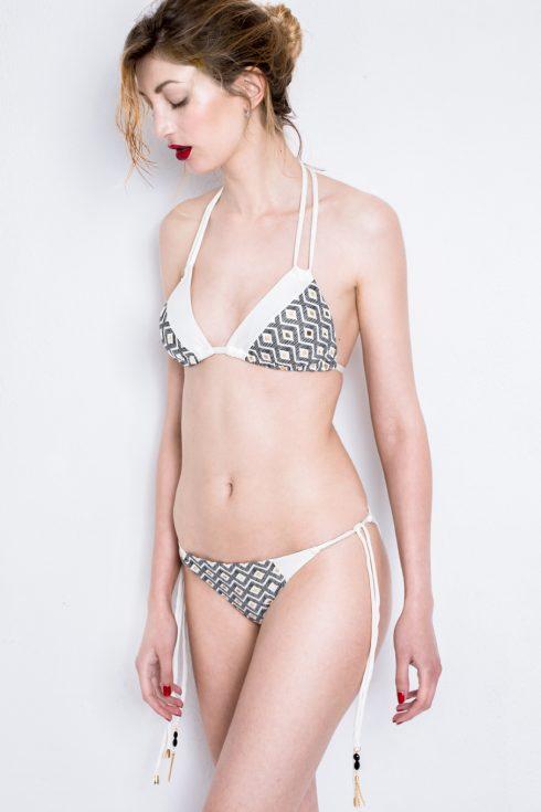 LUXI |Bikini Triangolo Asimmetrico con Lacci